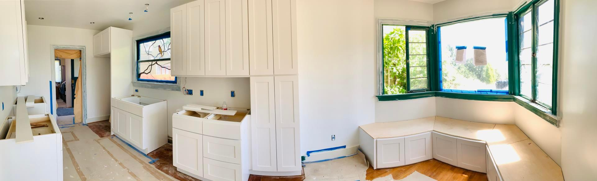 Cabinet installation in Bellevue