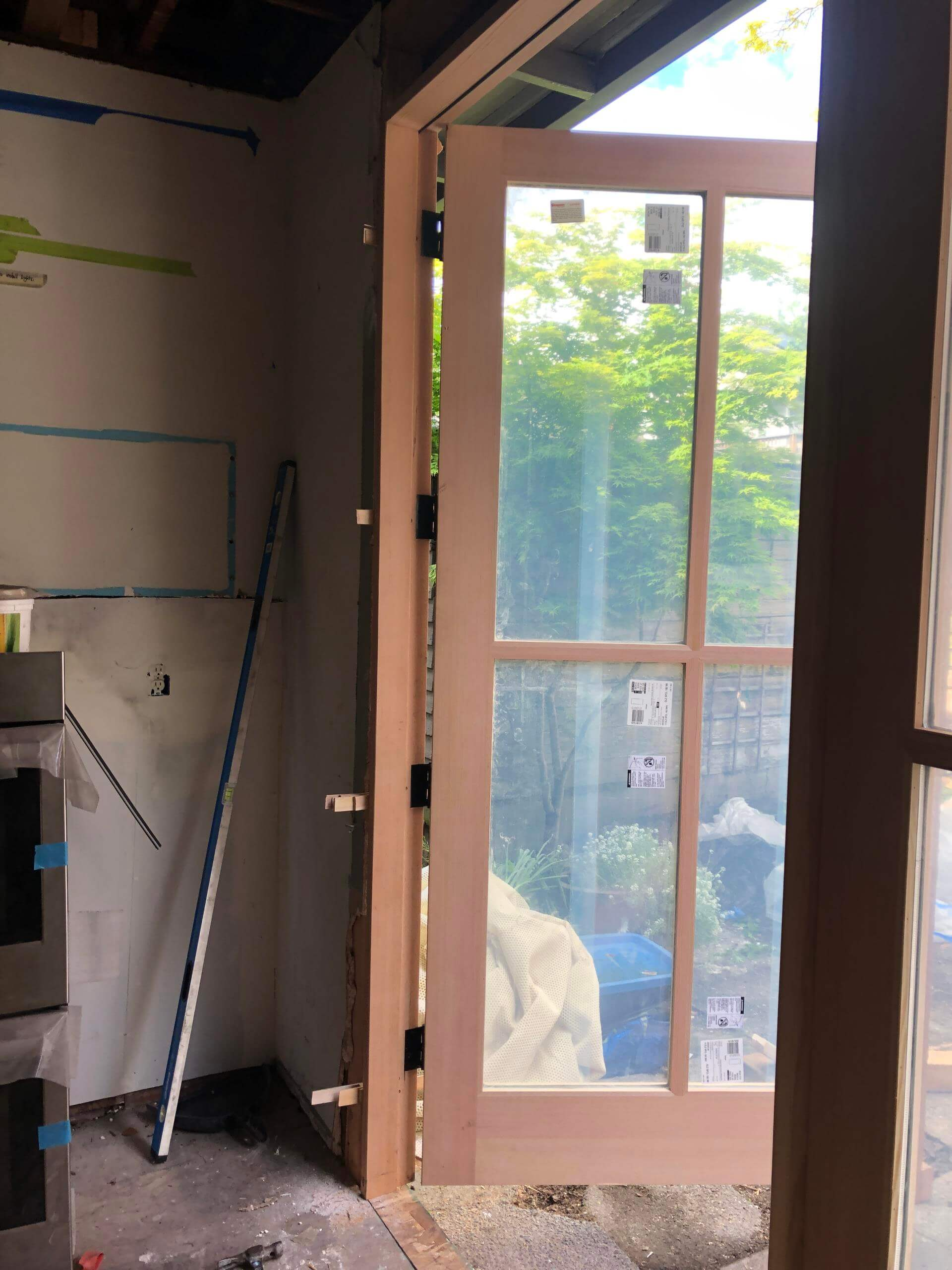 Door installation in Bellevue